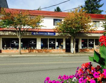 Bucknucks Books Qualicum Beach 2016